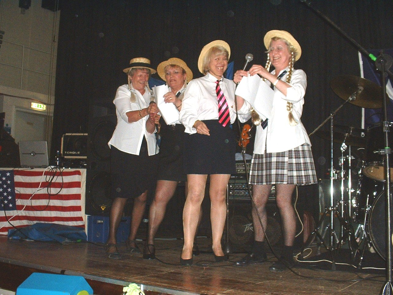 "Dixie Belles, Marlene, Faye, Gill and Jenny singing ""I Can't Be Bothered"""